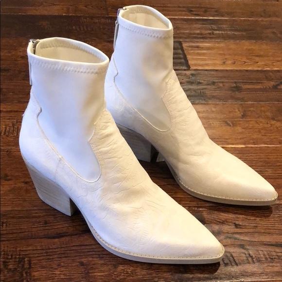Dolce Vita White Boots Never Worn